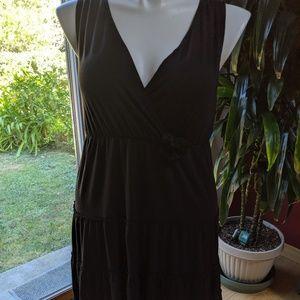 Annalee + Hope black dress w tiered skirt - Size L